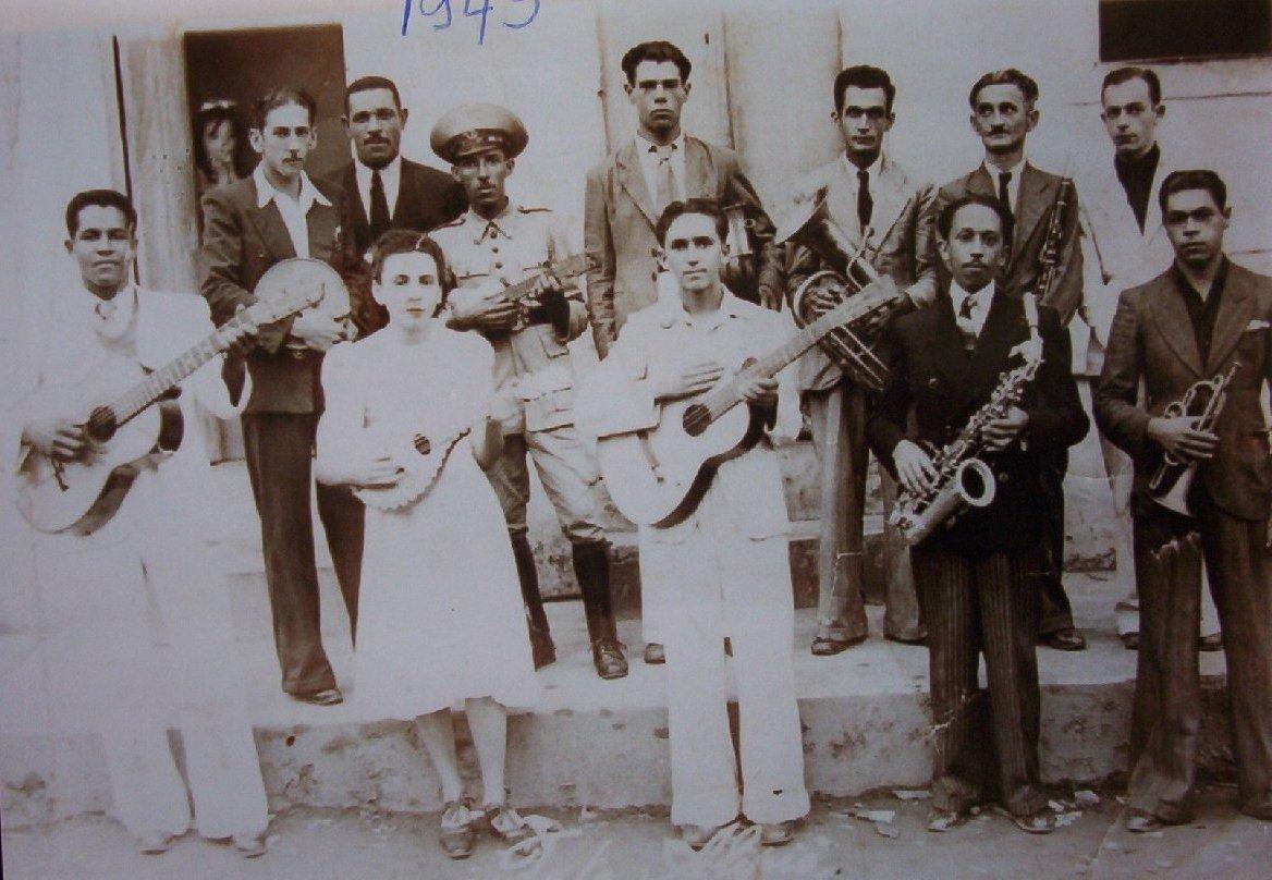 banda_jazz_1945
